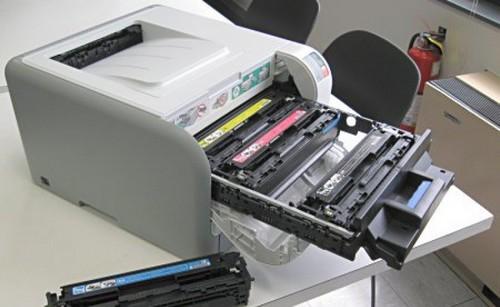 картридж застрял в принтере hp