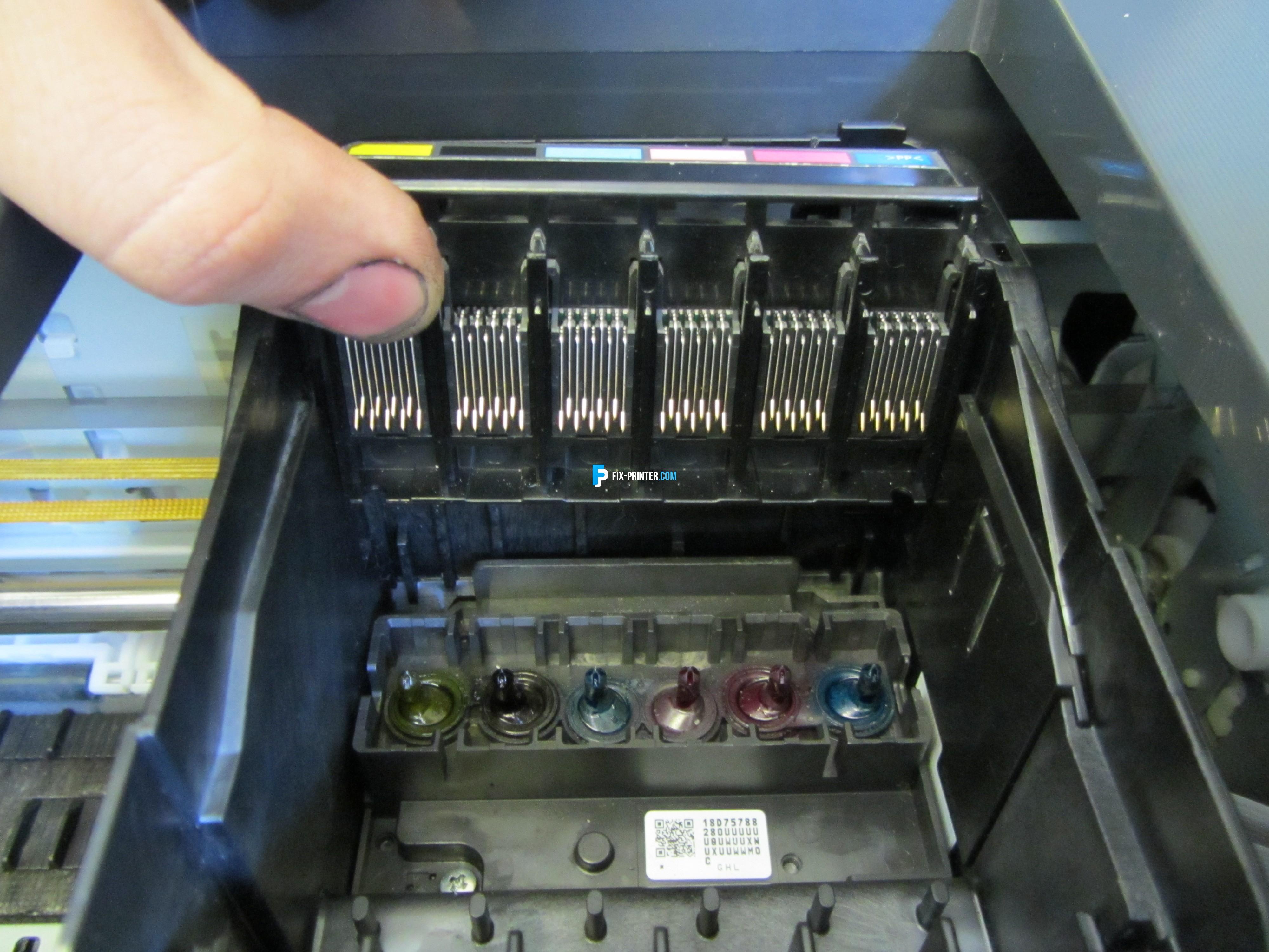 в принтере canon не печатает черный цвет
